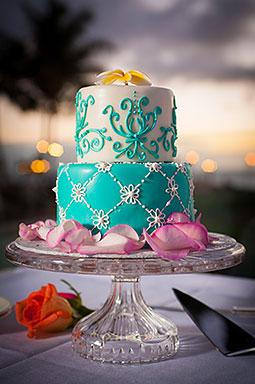 maui wedding cakes let them eat cake